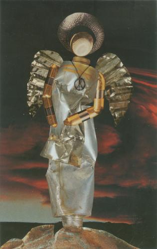 Klemz: armed angel (incensed) {ange avec armure (indigné)}